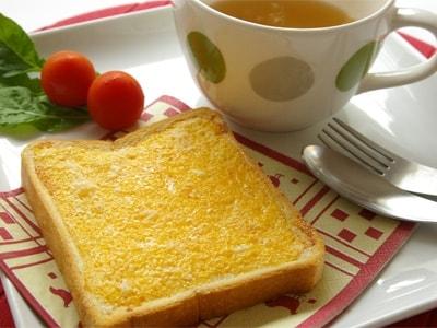 簡単美味なエッグシュガートーストで朝ご飯