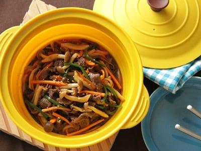 シリコンスチーマーで肉と野菜のコチュジャンソテー風