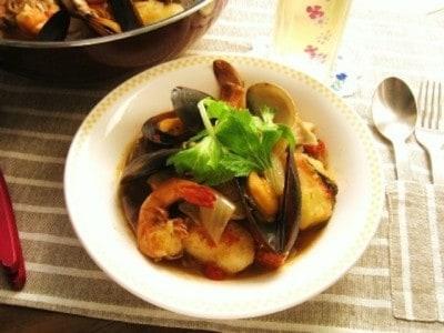 ブイヤベースの献立レシピ……魚介のうまみたっぷり!