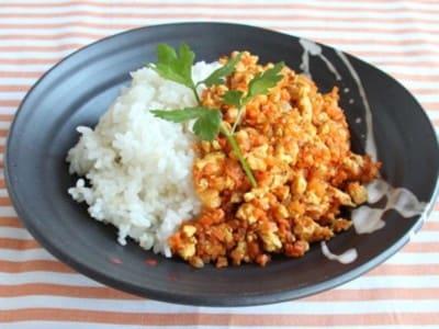 木綿豆腐でドライカレー!肉なしヘルシーカレーレシピ