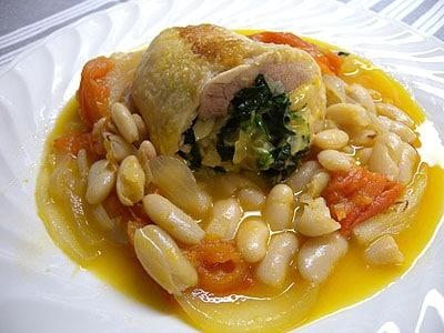 鶏と豆の煮込み料理