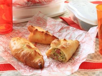 お弁当にもぴったり イギリスの餃子パン「パスティ」
