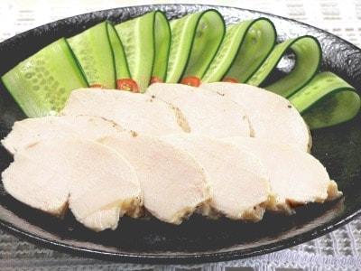 鶏ハムの作り方!簡単で美味しい肉料理の人気レシピ