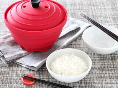 シリコンスチーマーで10分以内にご飯を炊く方法・レシピ
