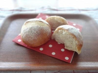 バターなしパンのレシピ!バター・卵・ミルク不使用のふわふわパン