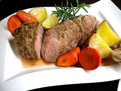 ローストポークをオーブンで作るレシピ!人気の簡単肉料理
