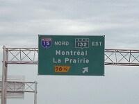 東はEst、北はNordといったように、すべてフランス語表記で、英語はなし(C)Dougtone
