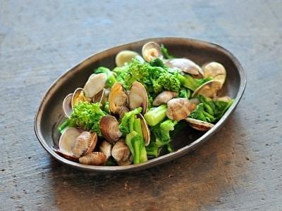 あさりと菜の花の酒蒸しレシピ!美味しい和食の作り方