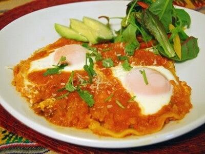 メキシコの卵料理「ウエボス・ランチェロス」の簡単レシピ