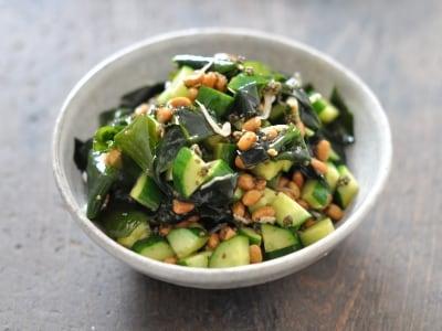 春わかめをたくさん食べる!簡単納豆和え