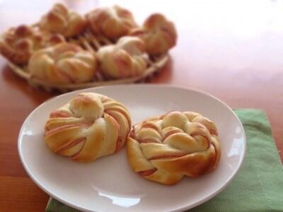 桜あんのねじりパン