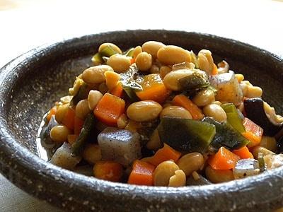 圧力鍋で作る五目豆―簡単、短時間の常備菜