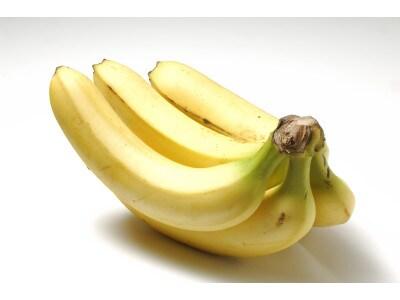 バナナのパンケーキ風レシピ 材料は牛乳、小麦粉、バナナだけ!