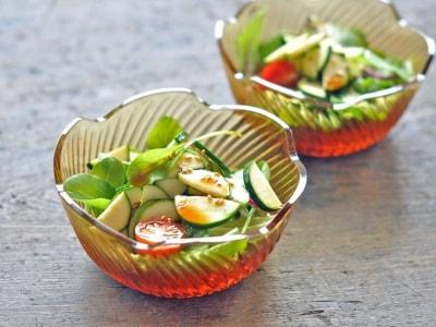 生のズッキーニを美味しく食べる和風サラダ