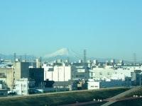 東北・上越新幹線上野-大宮間から眺める富士山