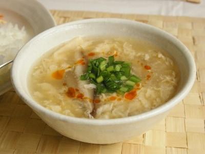 本格的な味を手軽に! 卵の辛酸っぱいスープ