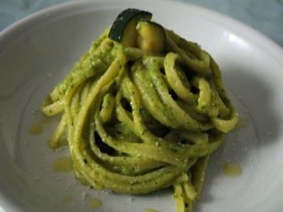 ズッキーニクリームパスタの作り方!美味しいイタリアンの人気レシピ
