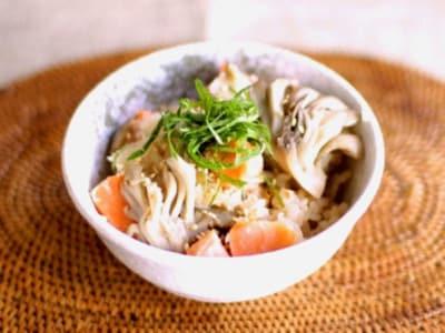 鮭と舞茸の炊き込みご飯の作り方!炊飯器で簡単ご飯レシピ