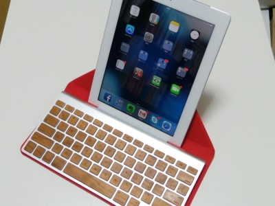 Incase Origami Workstation And Apple Wireless Keyboard