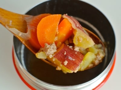 レンジで5分、あったか豚汁スープジャー弁当