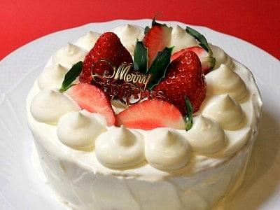 ホットケーキミックスでスポンジケーキ!簡単クリスマスケーキレシピ
