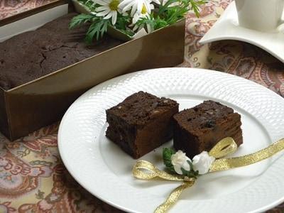 バレンタインに大人な味を チョコブランデーケーキ