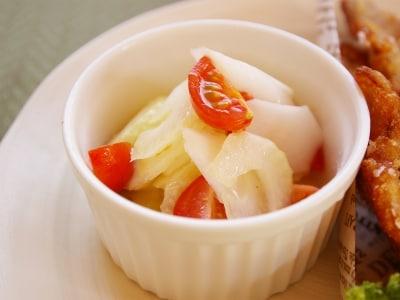 香りを楽しむ春レシピ。ウドとセロリのマリネ