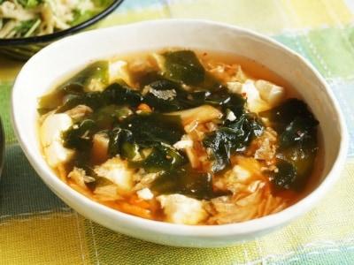 レンチン! 豆腐とわかめの和風キムチスープ