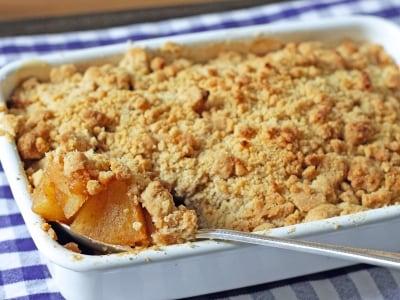 アップルクランブルの簡単な作り方! イギリスの定番お菓子レシピ