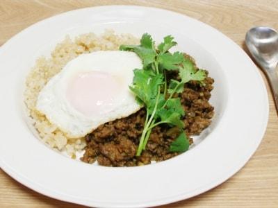 玄米ご飯のドライカレー