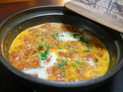 タジン鍋で作る「モロッコのオムレツ」