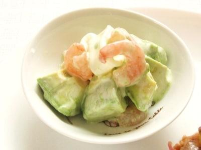 アボカド味噌魚介サラダ