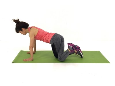 腰周りスッキリ・ピーチヒップエクサ3undefined右膝を左膝外床に下ろします。