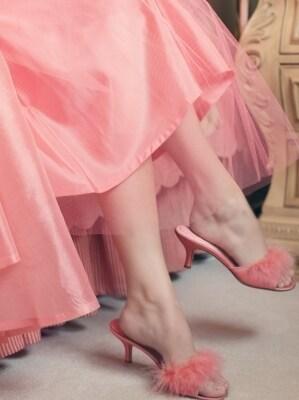 甘いだけじゃない!今年はいろんな雰囲気のピンクが豊富