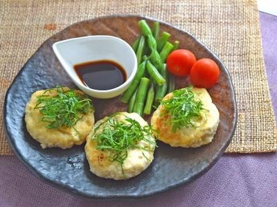 豆腐ハンバーグのレシピ! 崩れるのを防ぐコツ&肉と豆腐の割合とは