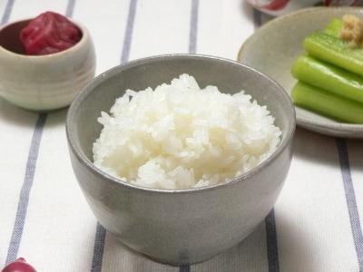 美味しいご飯の炊き方!氷を乗せて炊飯器で炊くレシピ