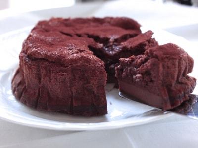 マジックケーキの簡単レシピ!混ぜて焼くだけで3層に