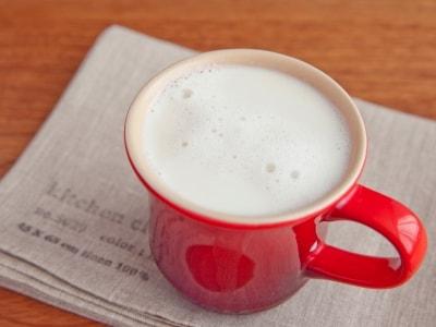 砂糖不使用でヘルシー!簡単ほうじ茶甘酒ラテ