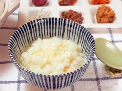 ご飯から作るお粥のレシピ…土鍋で卵粥