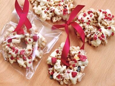 簡単ホワイトチョコのクリスマスリース