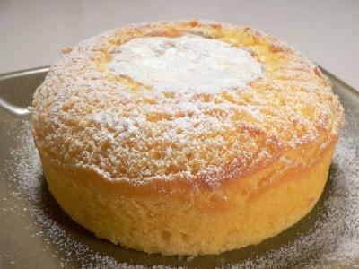 インパクト絶大!炊飯器で丸ごとカマンベールケーキ