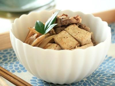 簡単すき焼き風肉豆腐の作り方