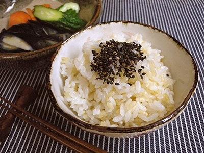 圧力鍋で炊く白米入り玄米ご飯