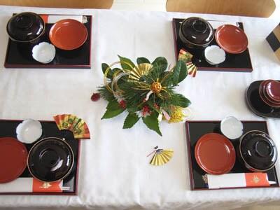 お正月のテーブルコーディネート100均で食器も揃 …