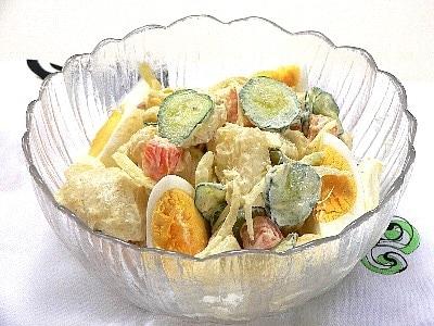 お釜で作る、ほくほくマカロニポテトサラダ