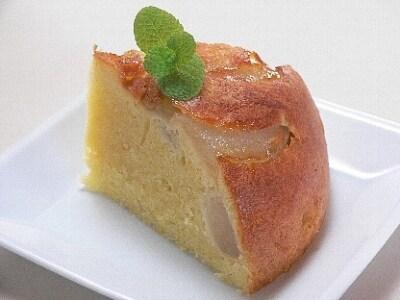 お釜で、梨と葡萄のパウンドケーキ