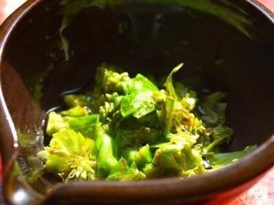 フキノトウで作るレシピ……ごま油がもたらす香ばしさ