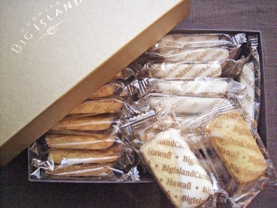 ビッグアイランド・キャンディーズのレモンショートブレッド。オリジナルクッキーのチョコがけが有名ですが、こちらもあっさりしていて美味