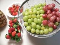 果物を用意する