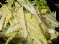 白菜を加え炒める